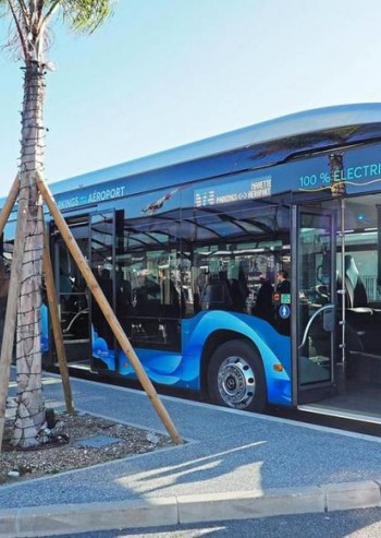 First airport in France to equip itself with 100% electric passenger shuttles