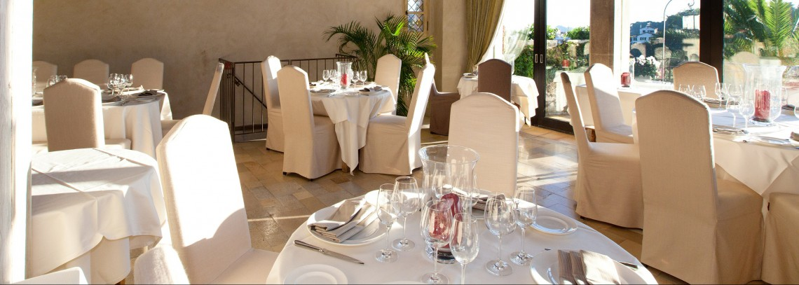 hotel-restaurant-chateau-le-cagnard_218026